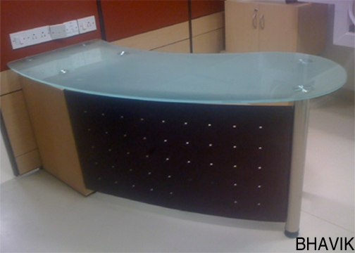 Reception Table : RT - 651